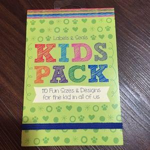 Labels & Seals Kids Pack 110 Fun Sizes & Designs
